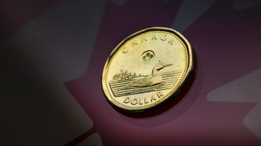 canadian-dollar-loonie-maple-leaf