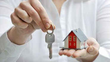 stamp-duty-surcharge-will-hit-parents-helping-first-time-buyer-children-136405327298503901-160421132125